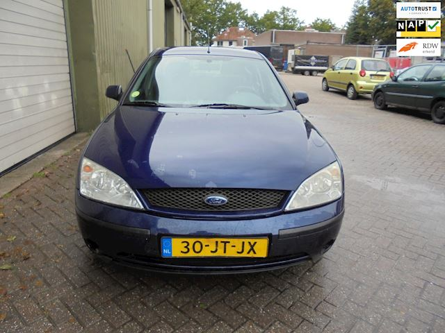 Ford Mondeo 1.8-16V Cool Edition auto rijdt schakeld goed goed onder houden auto
