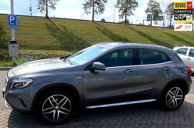 Mercedes-Benz GLA-klasse 180 Activity Edition fabrieksgarantie tot 9-2020