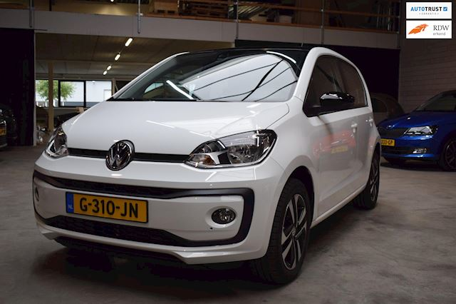 Volkswagen Up! 1.0 BMT high up! automaat 75 pk navi app