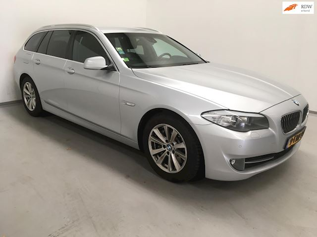 BMW 5-serie Touring 525d High Executive / Automaat / Stoelv. / Leder