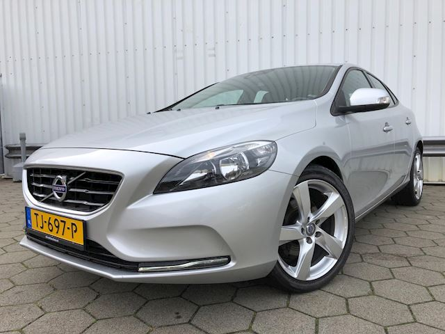 Volvo V40 1.6 D2 kinetic powershift aut /Navi/18 Inch/Nieuwstaat!