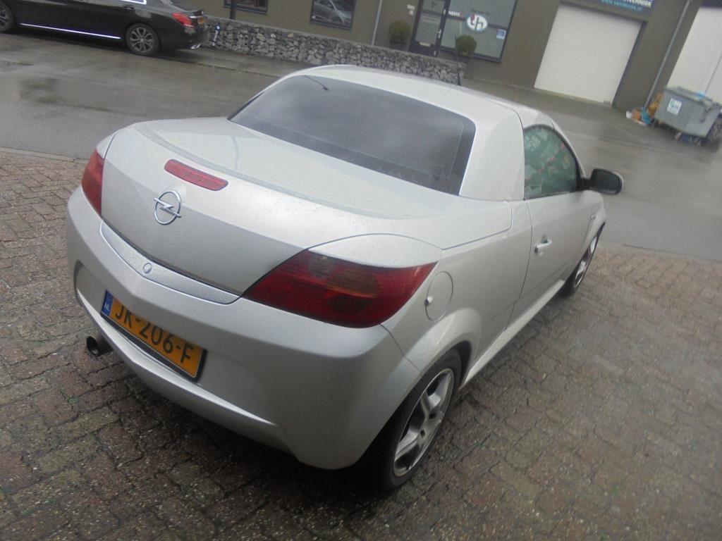 Opel Tigra TwinTop occasion - Du Bois Auto's B.V.