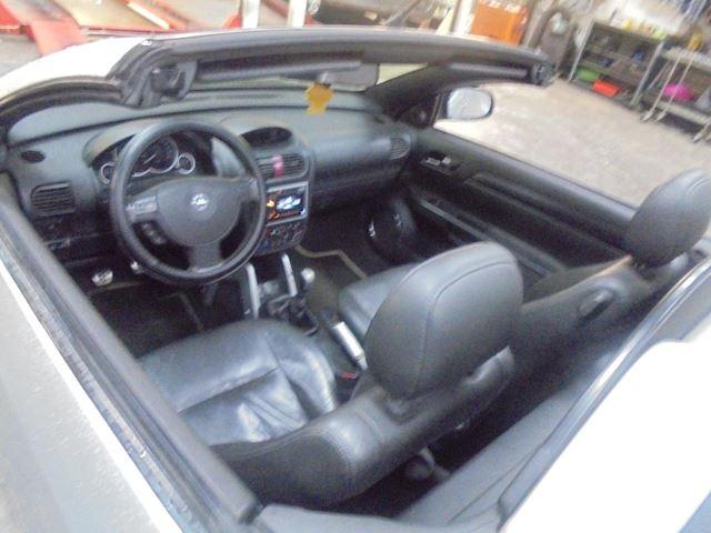 Opel Tigra TwinTop 1.8-16V Enjoy