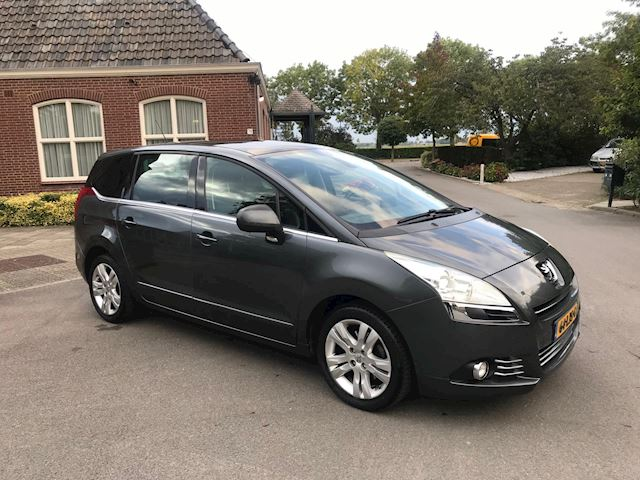 Peugeot 5008 PANO/HEAD-UP DISP./NAVI