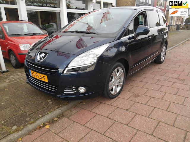 Peugeot 5008 1.6 THP Blue Lease Executive 7p.