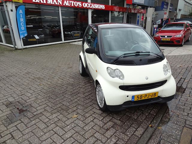 Smart Fortwo coupé 0.7 pure