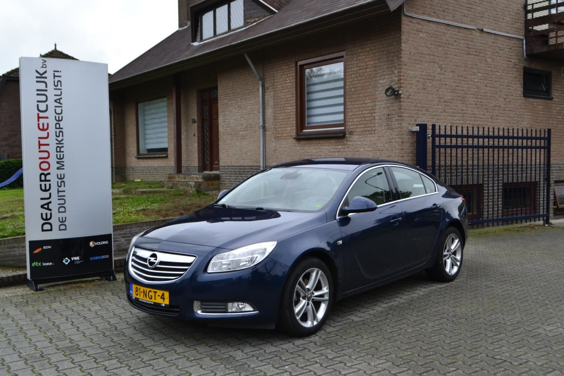 Opel Insignia occasion - Dealer Outlet Cuijk b.v.