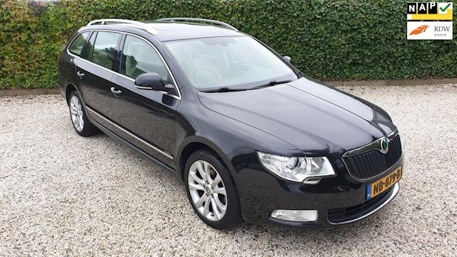 Skoda Superb Combi 2.0 TDI Elegance Business Line
