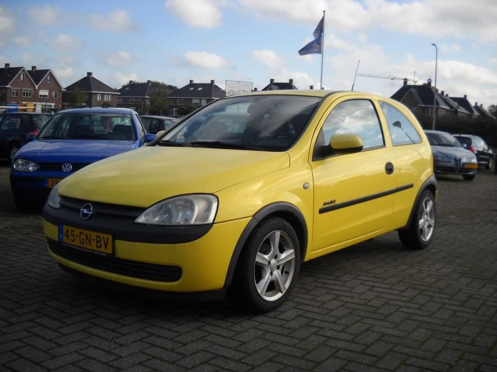 Opel Corsa occasion - Luttmer Autoservice