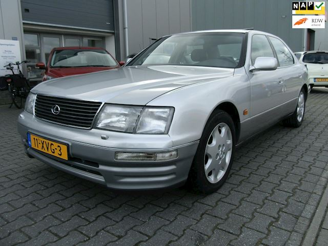 Lexus LS 400 Dealer o.h. Youngtimer