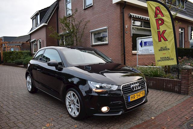 Audi A1 1.2 TFSI Attraction Pro Line Business NAVI/AIRCO/CRUISE/PDC/NETTE STAAT