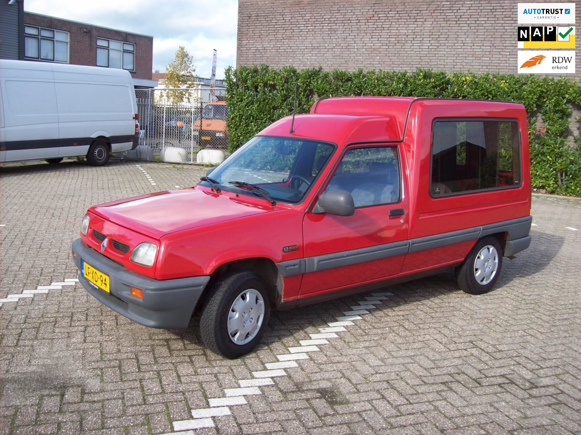Renault Express occasion - Car Sales Waalwijk