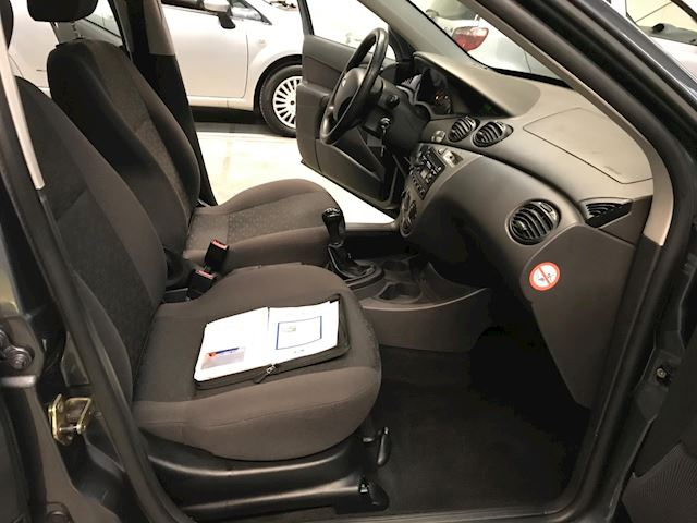 Ford Focus Wagon 1.6-16V Cool Edition AIRCO/NAP/APK