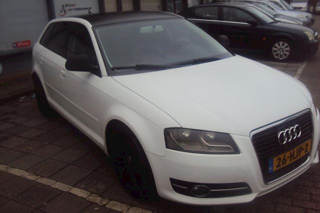 Audi A3 Sportback 2.0 TDI Attraction Pro Line Business