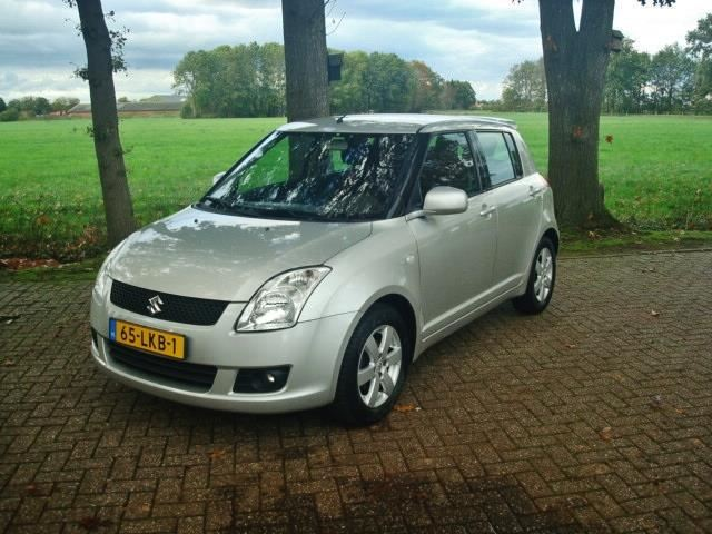 Suzuki Swift occasion - Auto Lowik