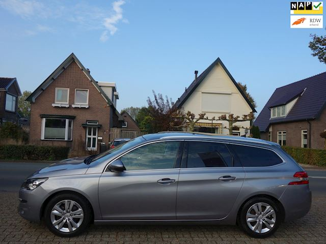 Peugeot 308 SW 1.6 BlueHDI Blue Lease Executive Panoramadak/trekhaak/nap.