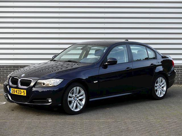 BMW 3-serie 318i Business Line Navi, PDC, LM, Cruise, Xenon