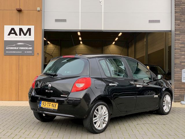 Renault Clio 1.6-16V Initiale | Automaat | vol leder | keyless entry |