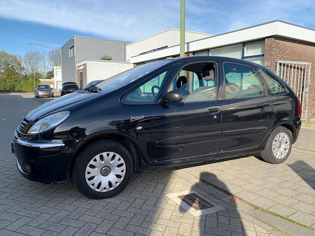 Citroen Xsara Picasso 1.8i-16V Attraction
