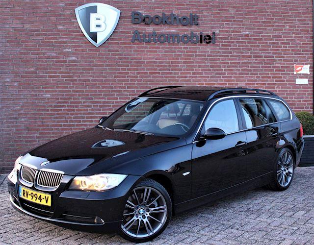 BMW 3-serie Touring 325d 3.0 High Executive Panoramadak Sportleer M-velgen 18