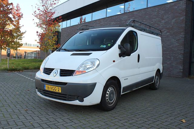 Renault Trafic 2.5 dCi T27 L1H1 Automaat