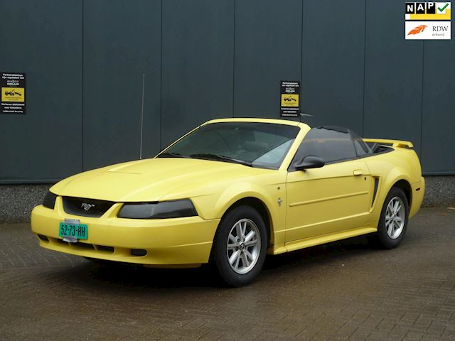 Ford USA Mustang 3.8 v6 BJ.2003 USA TITLE