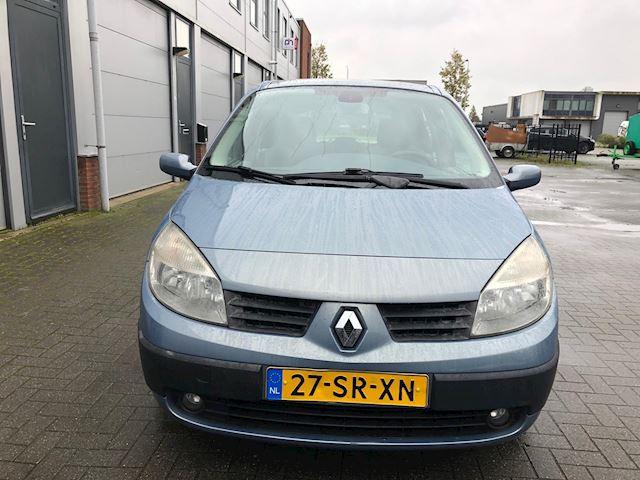 Renault Scénic 2.0-16V Dynamique Comfort