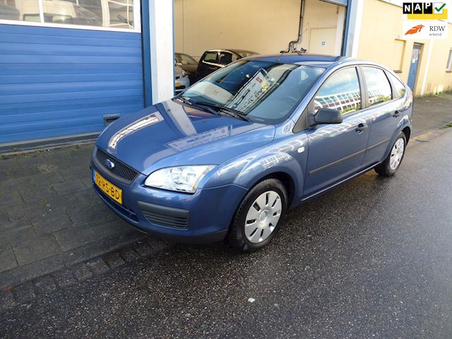Ford Focus 1.4-16V Ambiente Apk/Airco/Cruise/Nap/Cd/Boekjes/Elektrisch/Centraal