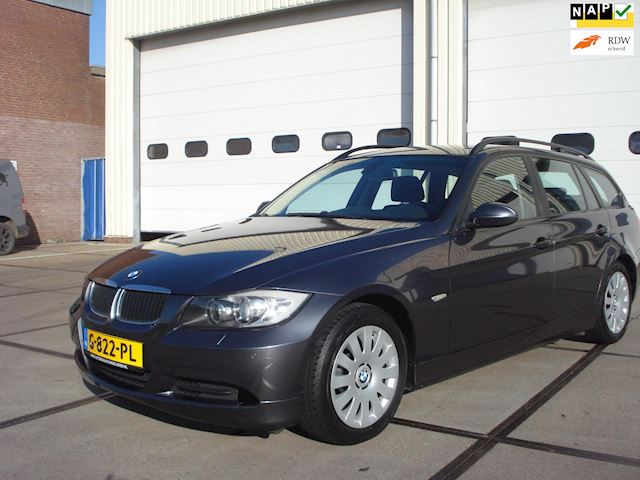 BMW 3-serie Touring 320i Executive NW.STAAT 110157KM