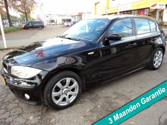 BMW 1-serie 116i Executive AIRCO,NAVI