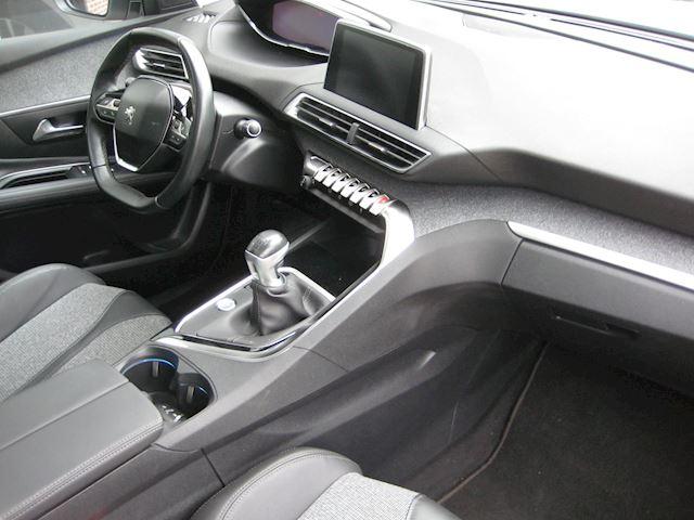 Peugeot 3008 1.2 PureTech Première