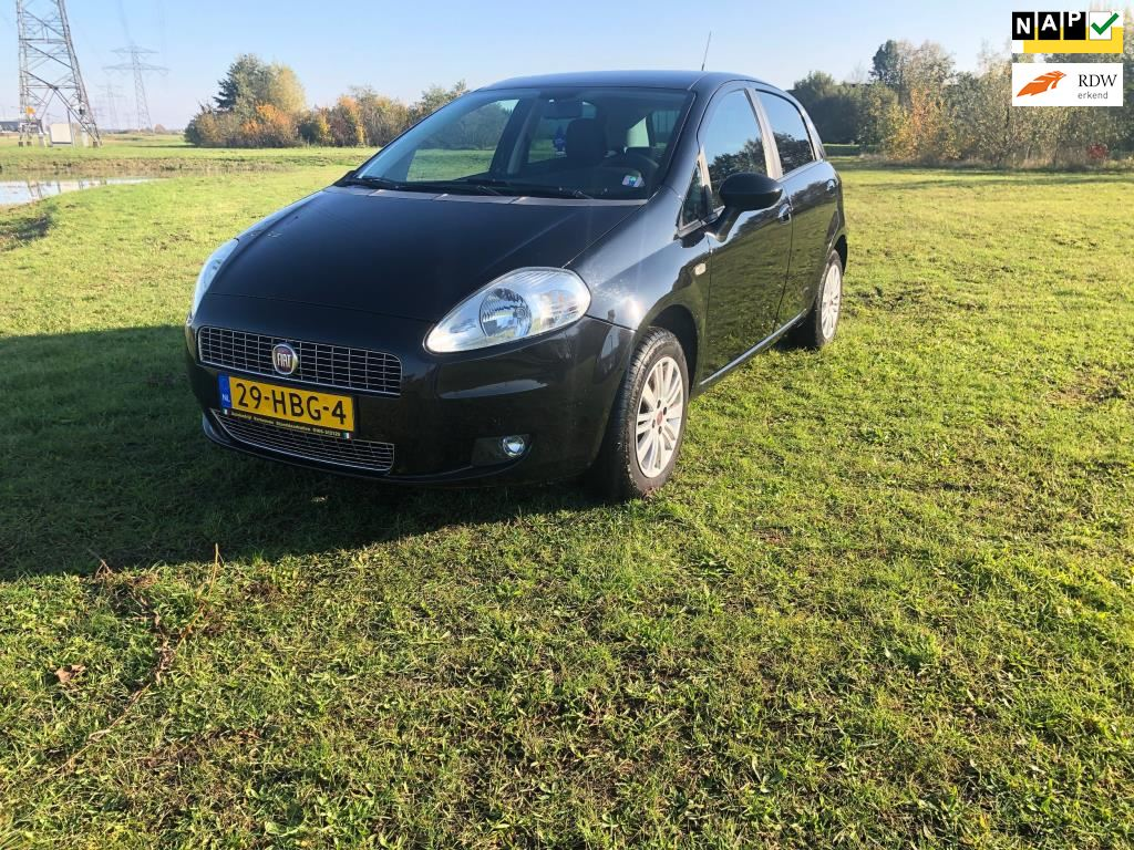 Fiat Grande Punto occasion - Vdw Cars & Parts