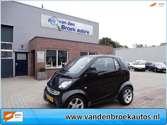 Smart Fortwo coupé 0.7 truestyle