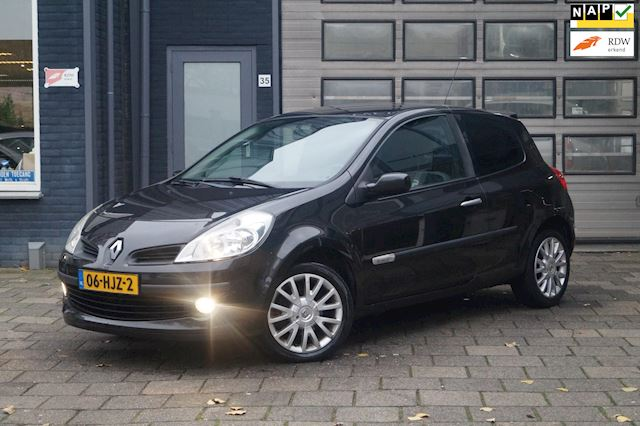 Renault Clio 1.2 TCE Special Rip Curl / Elek-Pakket / Airco / Cruise / N.A.P