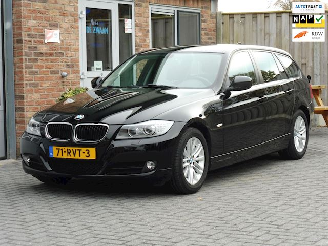 BMW 3-serie Touring 318i Corporate Lease Luxury Line XENON,LEER.PDC