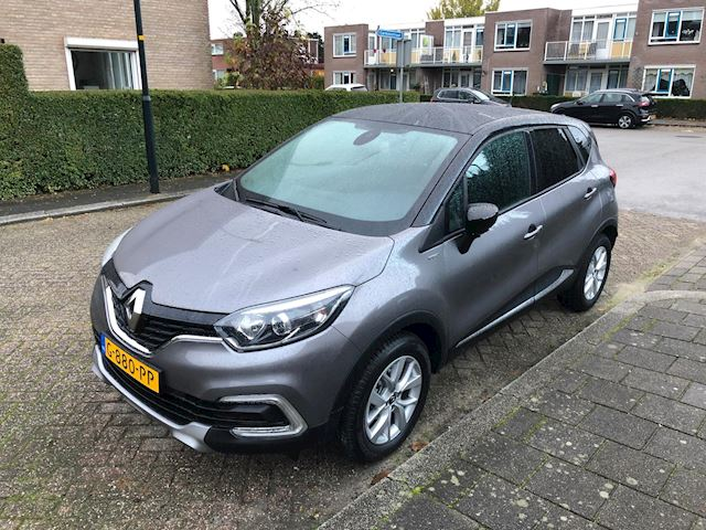 Renault Captur 0.9 TCe Limited two-tone 6-2019