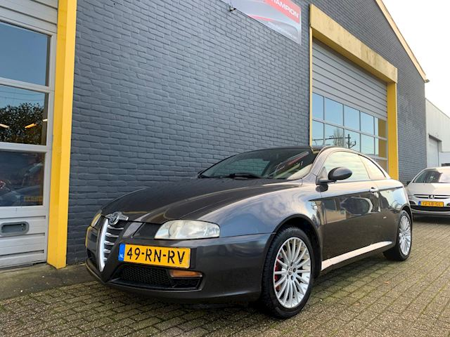 Alfa Romeo GT 1.9 JTD Distinctive Full option Stage2 200pk APK D-riemWP