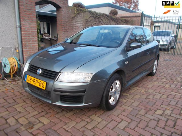 Fiat Stilo 1.4-16V Young 2005 apk 13-11-2021