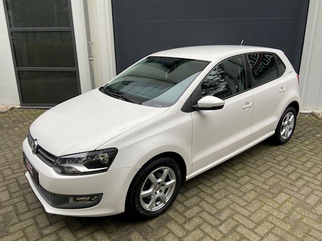 Volkswagen Polo 1.6 TDI Highline Team Cruise Control/Climate Control/Stoelverwarming/15 Inch/PDC/Apk 11-2020