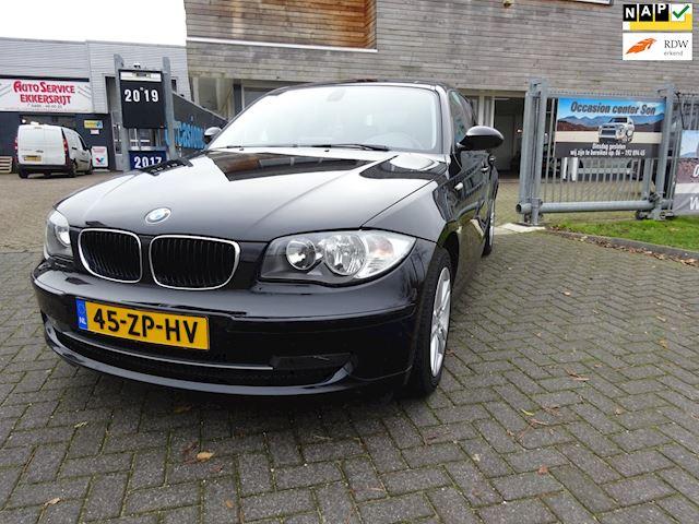 BMW 1-serie 116i Business Line 5 deuren, Navi ,Clima, isofix