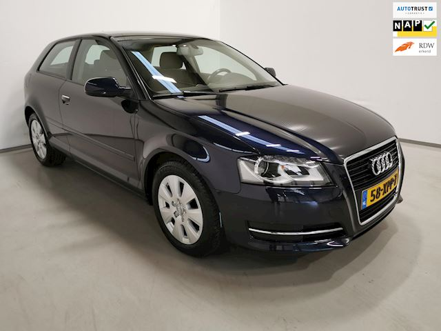 Audi A3 1.2 TFSI Attraction Advance / Automaat / Navigatie / LED