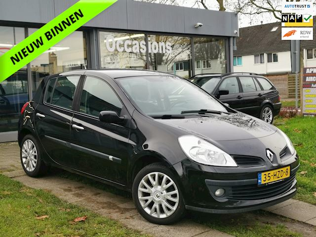 Renault Clio 1.2-16V Collection Airco/El.ramen/Cruise/LMV/NAP/APK