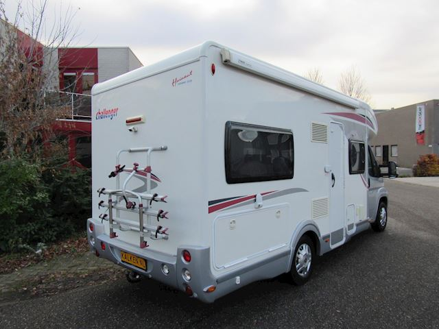 Chausson Challenger integraal Vastbed + Hefbed 2x airco 2011