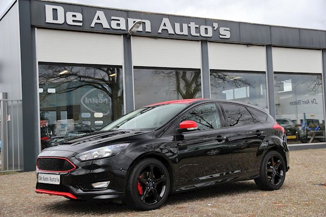 Ford Focus 1.5 Black Edition Navi Cruise