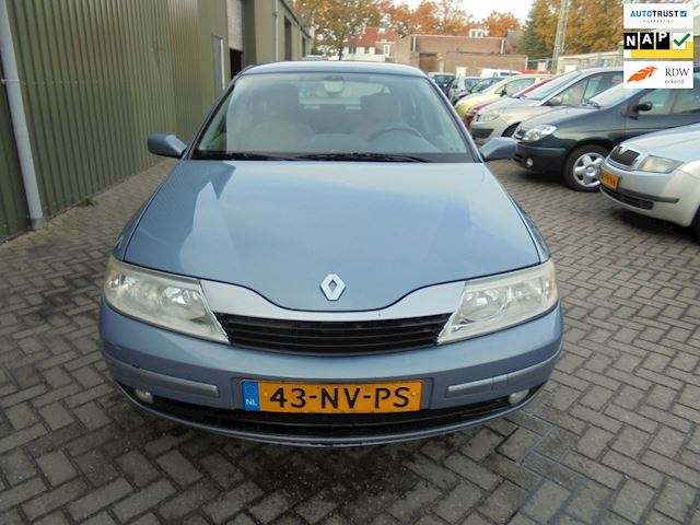 Renault Laguna 1.8-16V Tech Road