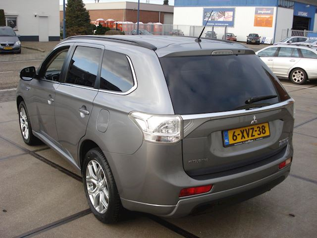 Mitsubishi Outlander 2.0 PHEV Executive Edition 1E EIGENAAR NAP