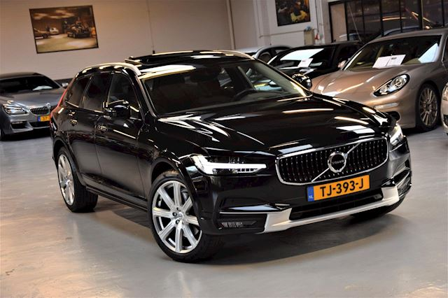 Volvo V90 Cross Country 2.0 D5 *Pro* 4x4 Panoramadak|ACC|Lane- assist|236pk!!|Head- Up|BTW|Dealer onderhouden|