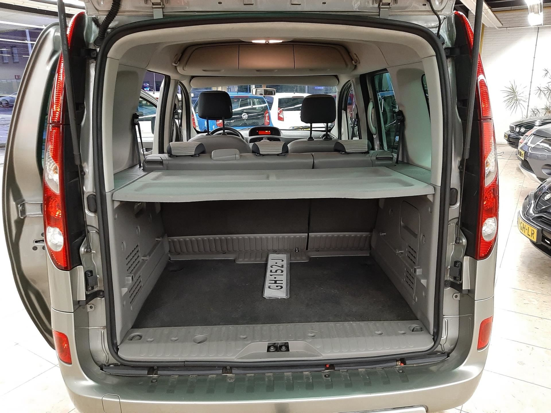 Renault Kangoo Family occasion - Carl's Car Services BV