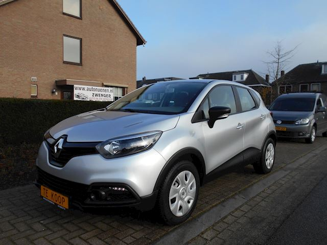 Renault Captur 0.9 TCe Authentique AIRCO,CRUISECONTROL ,SLECHTS 6700 KM