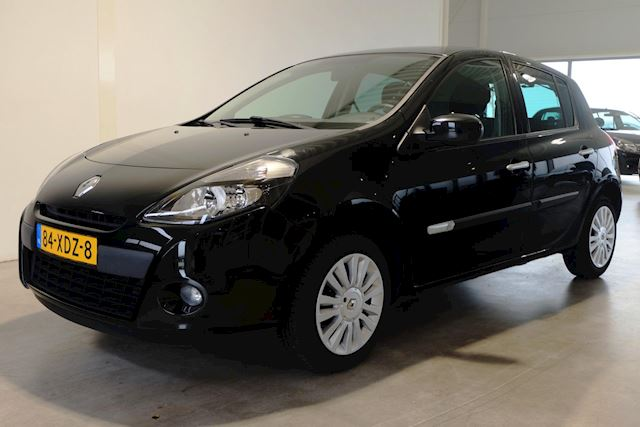 Renault Clio 1.2 16V 5DRS Airco Cruise NL-auto
